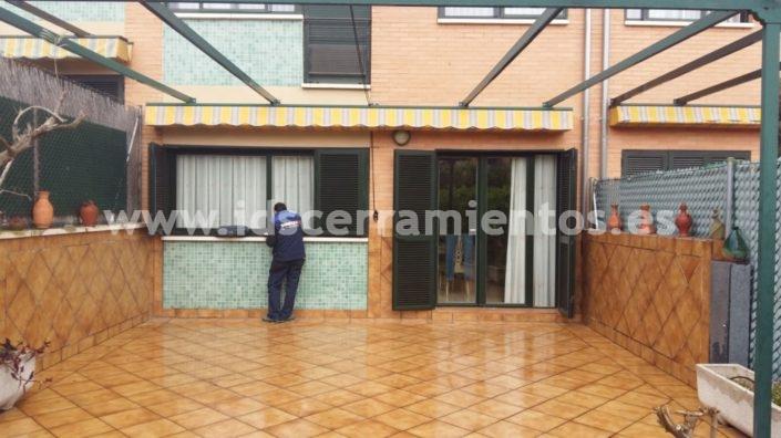Ids cerramientos fijos carpinter a de aluminio for Cerramiento terraza sin licencia